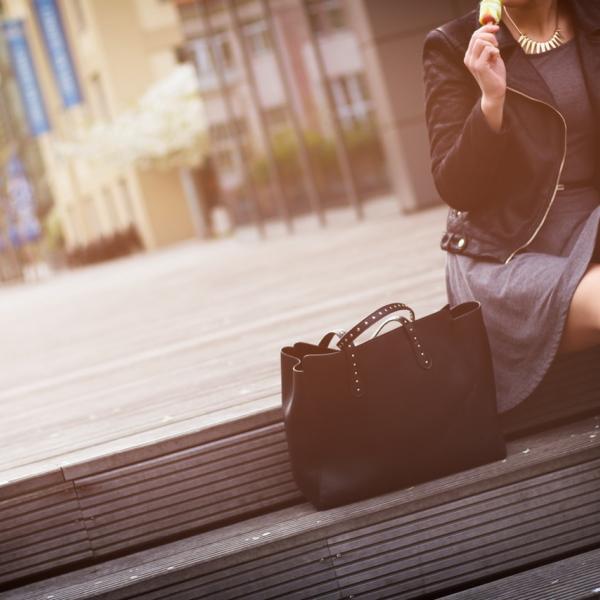 0c6752d3f Influencia millennial para vestir en la oficina