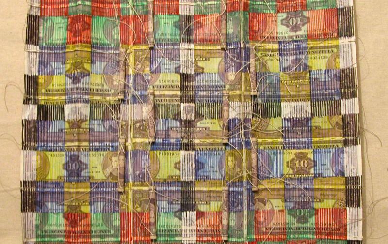 03-manto_de_billetes_con_diseo_geomrtrico_paris_1999-milton_becerra.jpg