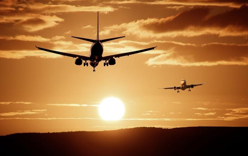 aircraft-513641_640.jpg