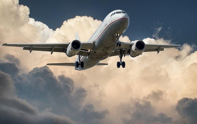 aircraft-537963_640.jpg