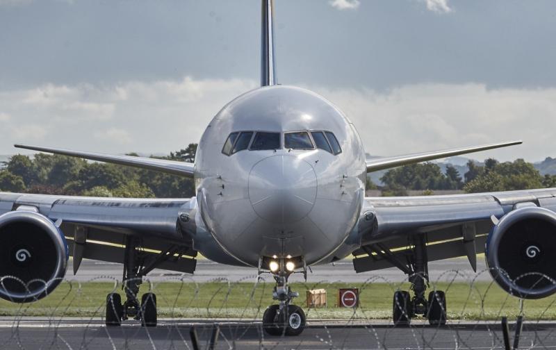 aircraft-manchester-jet-fly.jpg