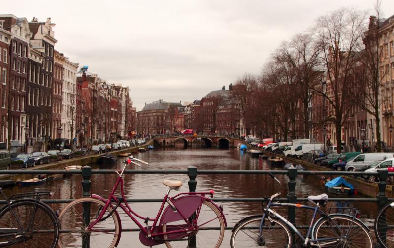 bicycle amsterdam.jpg