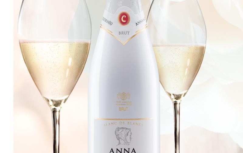 anna_botella_con_copas.jpg