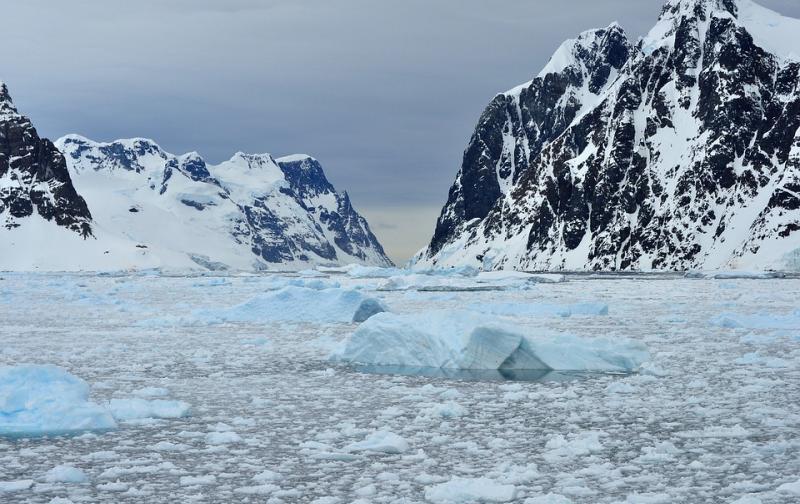 antarctica-2810728_960_720.jpg