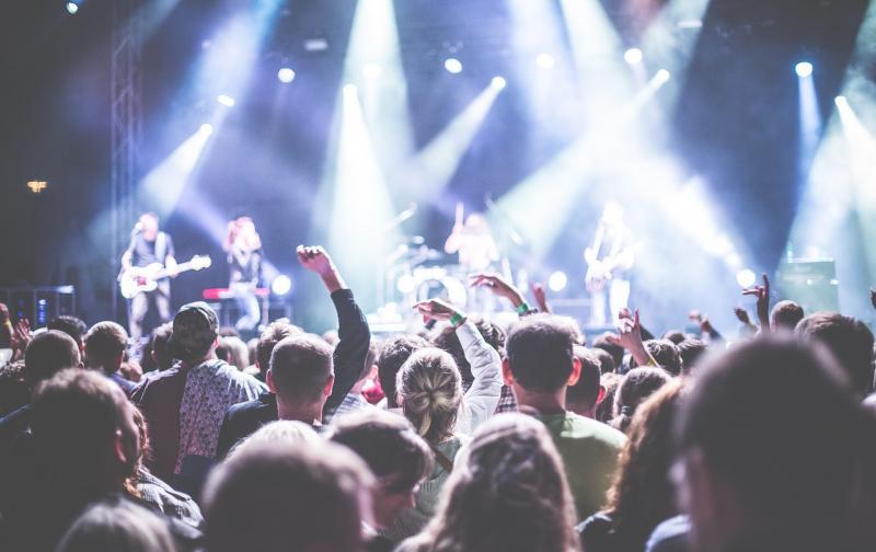 audience-1867754_1280.jpg