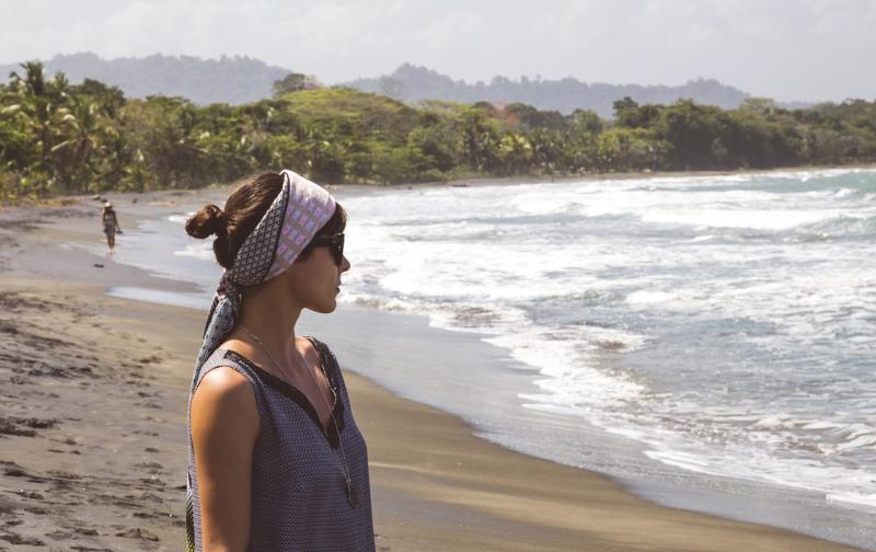beach-1208502_1280.jpg