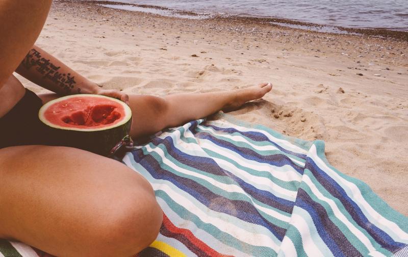 beach-1851002_1280.jpg