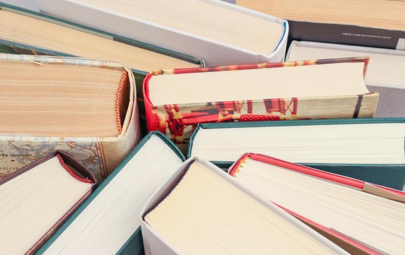 books-1194457_1280.jpg