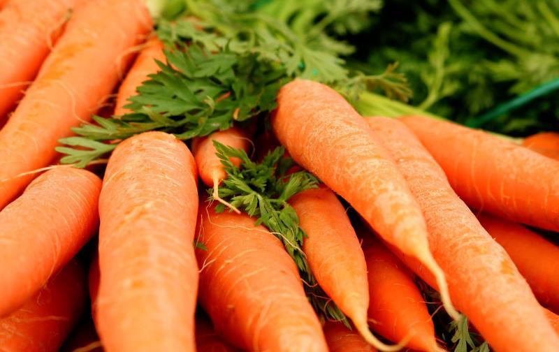 carrots-3399806_1920.jpg