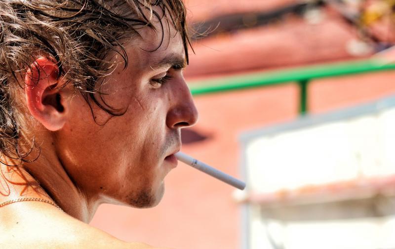 cigarette-2179358_1280.jpg