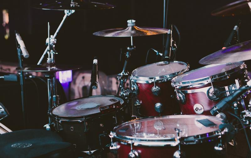 drum-set-1839383_1920.jpg