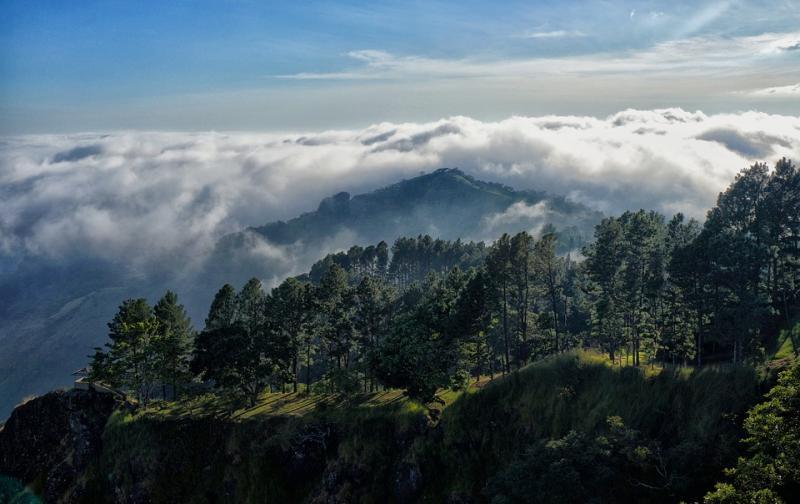 el_salvador_mountain.jpg