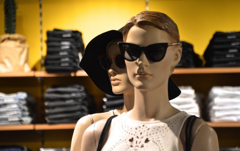 fashion-1536985_1920.jpg