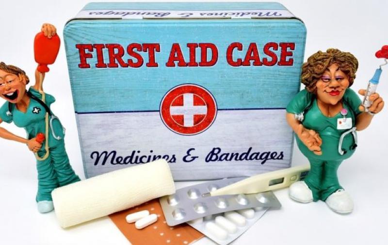 first-aid-3082670_960_720-750x400.jpg