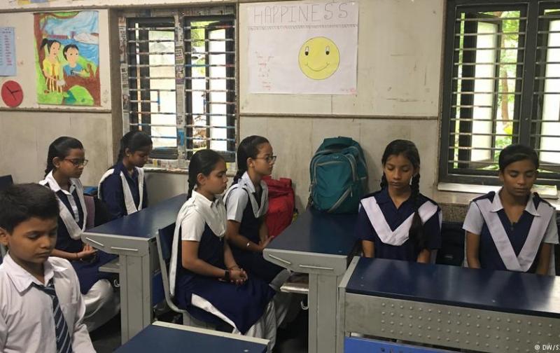 india_escuela.jpg