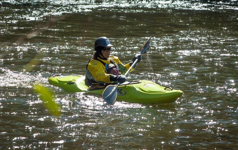 kayak-168006_640.jpg