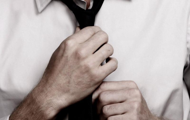 Las manos también pueden ser un punto atractivo en los hombres ...