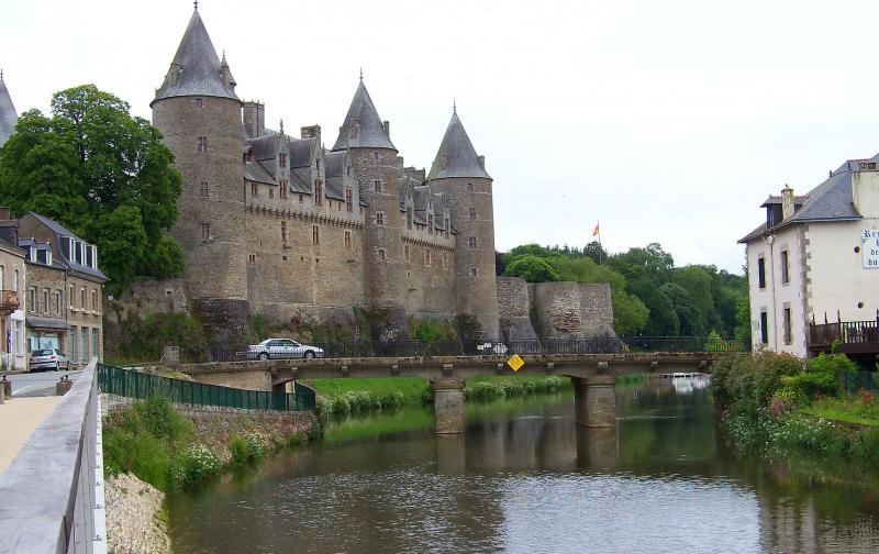 maxpixel.net-britain-france-castle-2729745.jpg