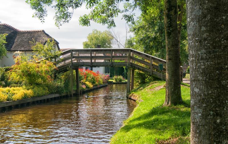maxpixel.net-water-netherlands-giethoorn-landscape-bridge-2481489.jpg
