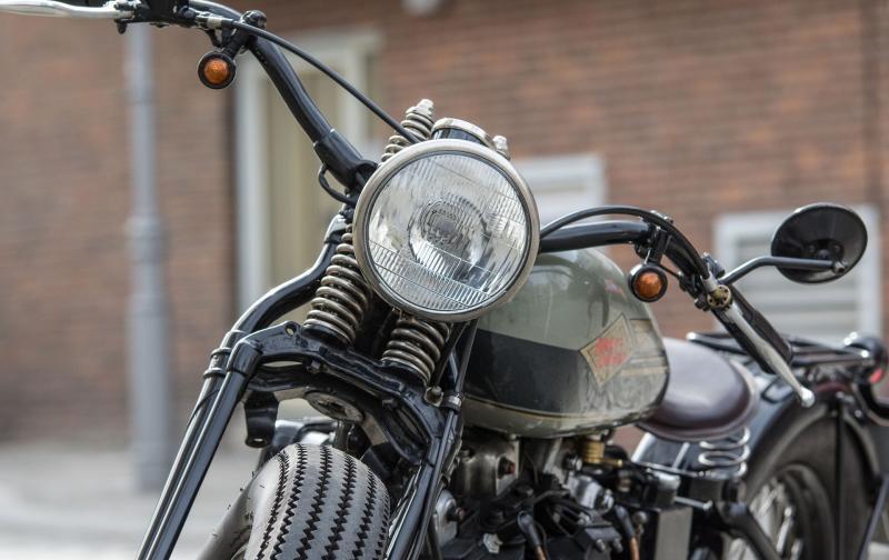 motorcycle-3207284_1920.jpg