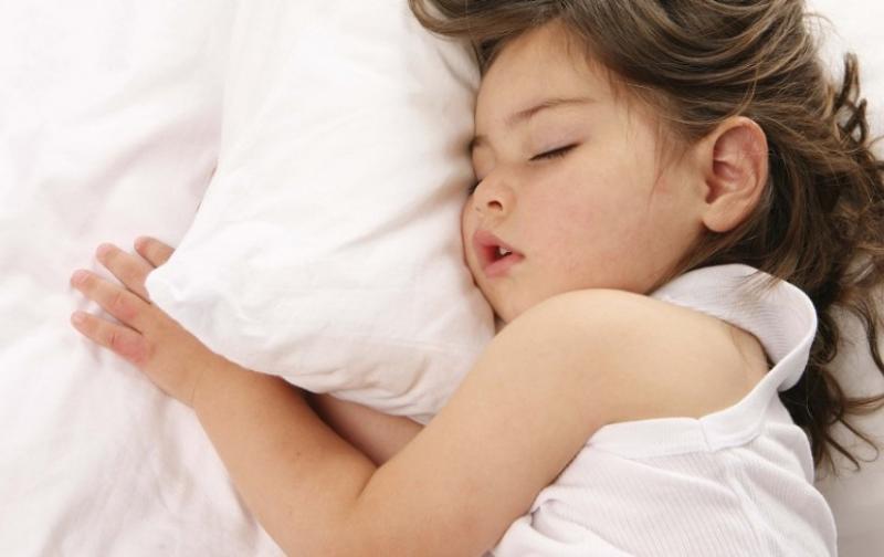 ninos-duermen-temprano-960x623.jpg