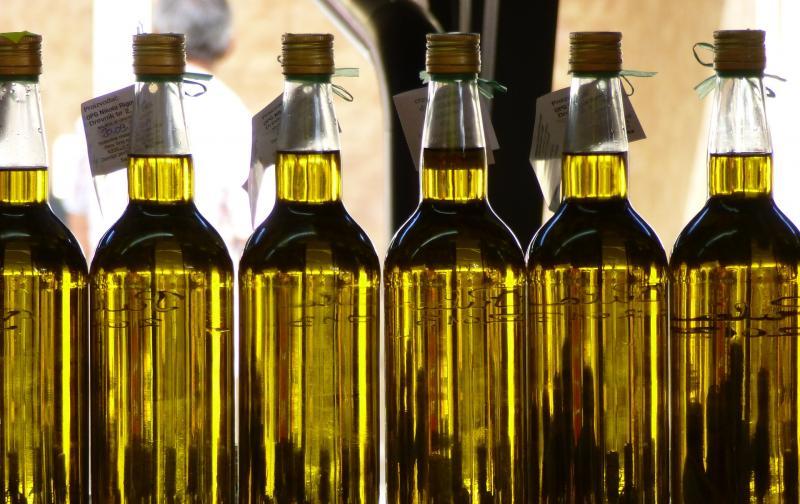 olive-oil-3579062_1920.jpg