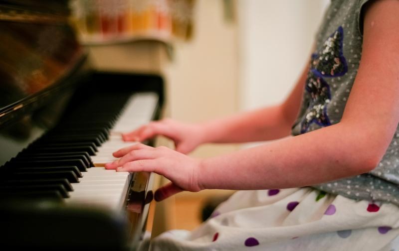 piano-2323844_1920.jpg