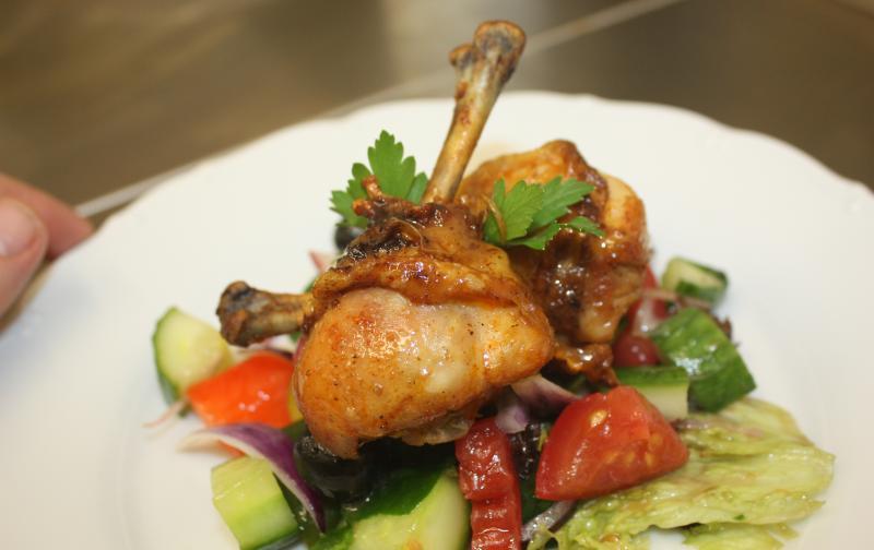 plate-chicken-food-salad-33406.jpg