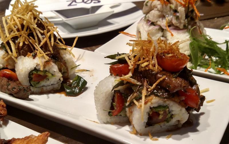 Sushi cine y m sica en las terrazas del mall plaza ega a for Cine las terrazas