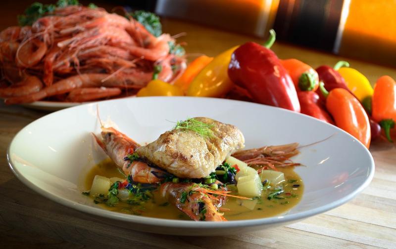 seafood-dinner-3707538_1280.jpg