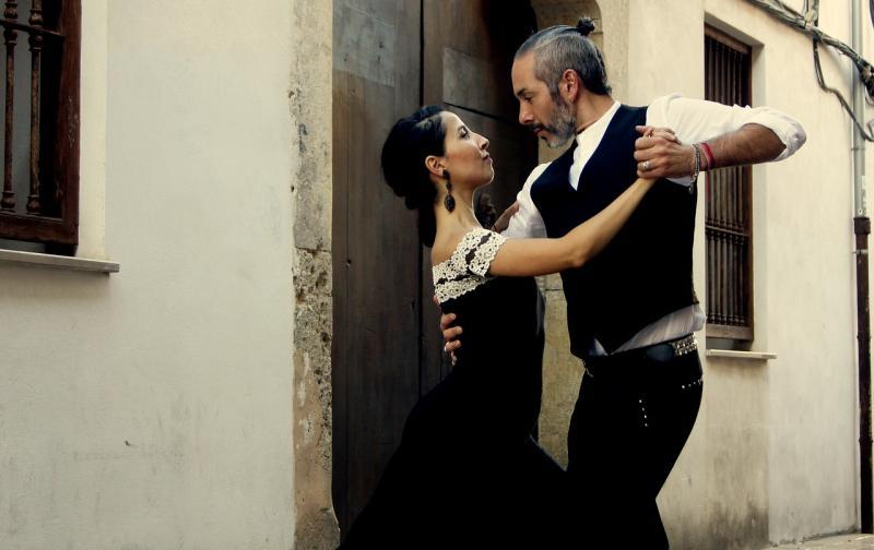 tango-4048879_1920.jpg