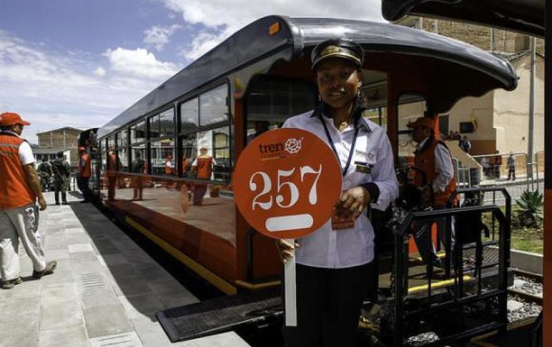 tren_de_alfaro_correa.jpg