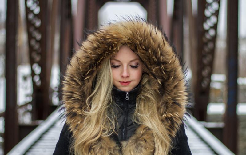 winter-hair-fur-model-fashion-clothing-1389109-pxhere.com_.jpg