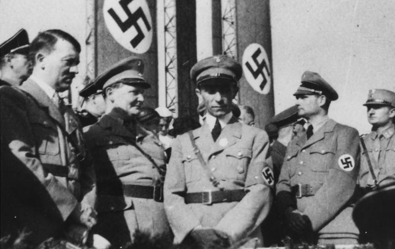 wwii_europe_germany_-nazi_hierarchy_hitler_goering_goebbels_hess-_the_desperate_years_p143_-_nara_-_196509.jpg