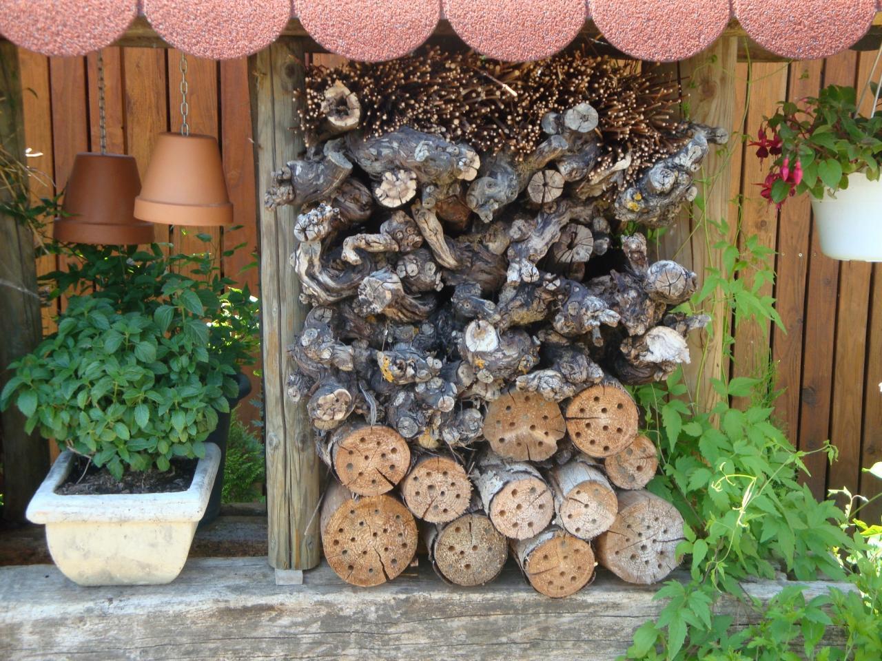 Dise os atractivos para jardines peque os lifestyle de for Jardines pequenos decorados con piedras