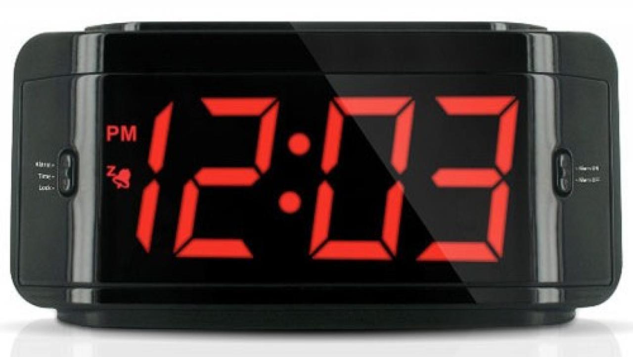 El reloj despertador desde 1787 un mal necesario for Reloj digital de mesa