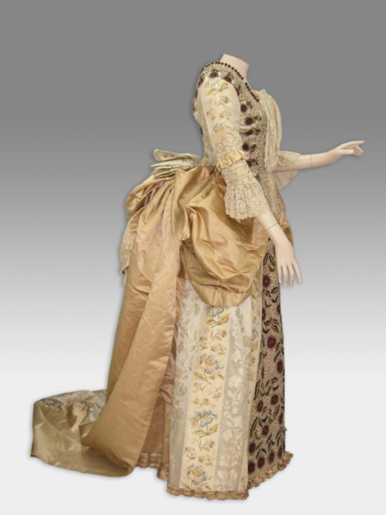 Detalles sobre los vestidos y escotes en el chile del for Diseno de interiores siglo xix